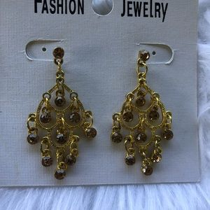 Jewelry - Gold chandelier earrings with citrine color stones